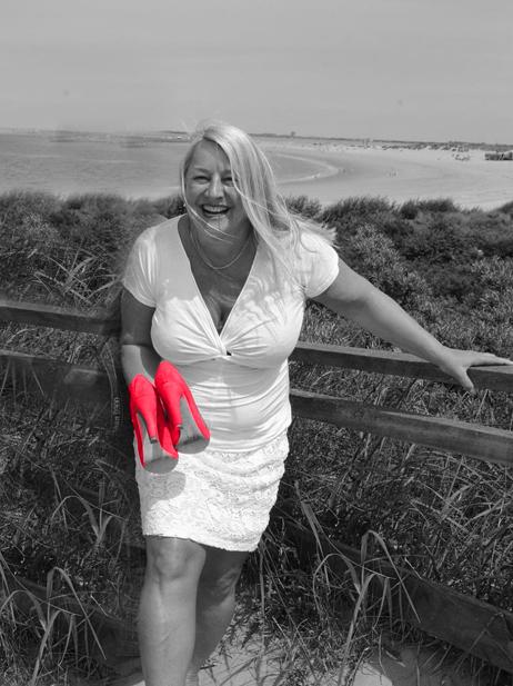 Anne Marie rode schoenen